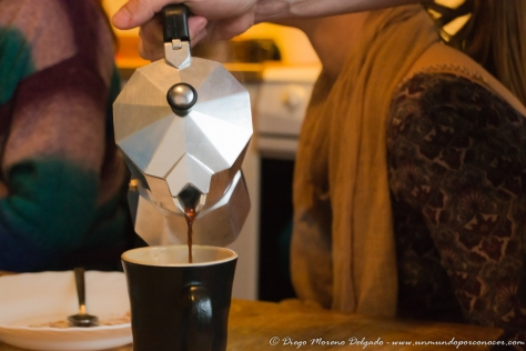 Una de tantas tardes de café en las cocinas comunes de Fantoft.