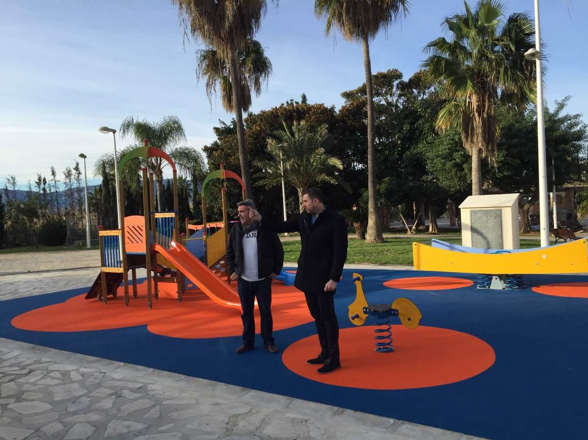 Cullera abre al público la nueva zona infantil del parque Daniel Clar